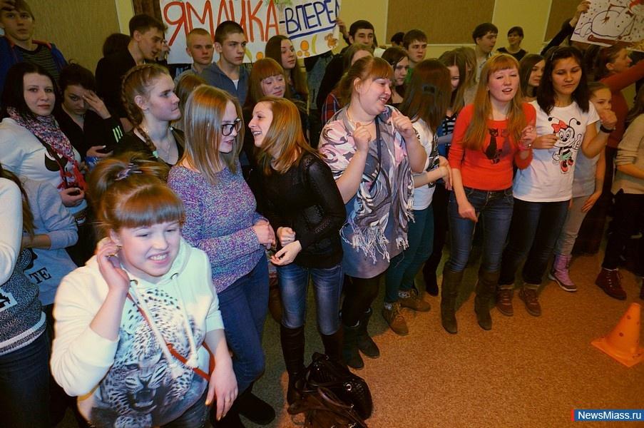 студентки зажигают фото