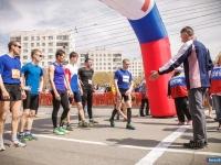 Легкоатлеты в честь Дня Победы пробежали от Прохоровки до Курчатова